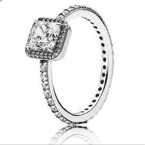 Pandora ring. Size 48.